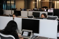 informatycy pracujący w biurze