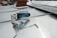 Nowe nożyce GSC 10,8 V LI Professional firmy Bosch tną metal o grubości do 1,3mm, w linii prostej i krzywej, cztery razy szybciej niż konwencjonalne nożyce ręczne.